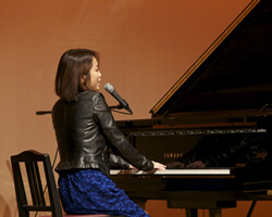 ピアノ弾き語りコース